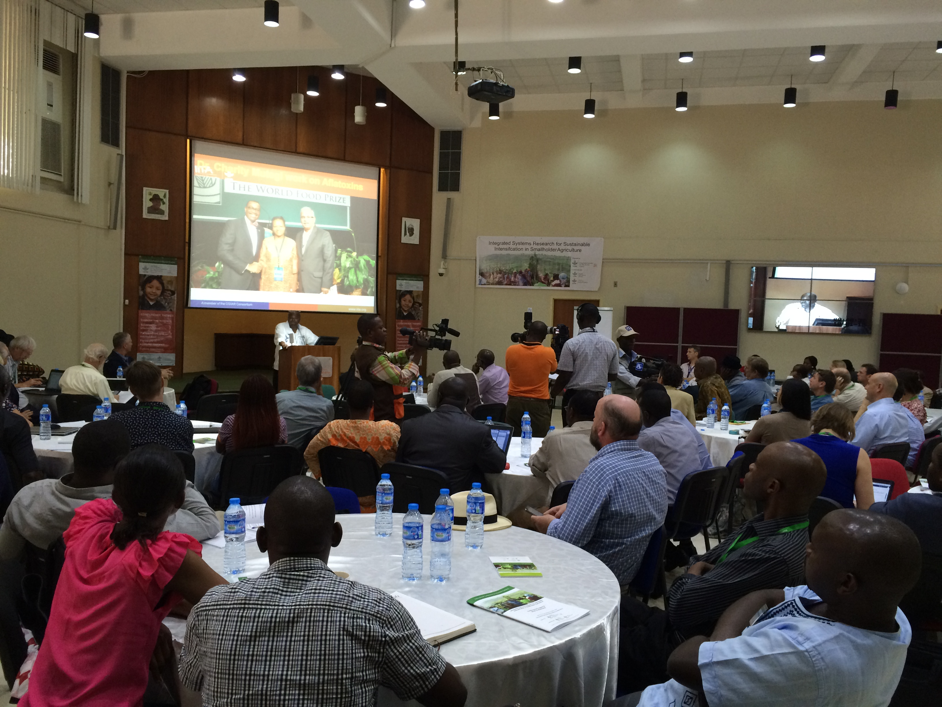 DG Sanginga addresses participants at the Conference in IITA, Ibadan.