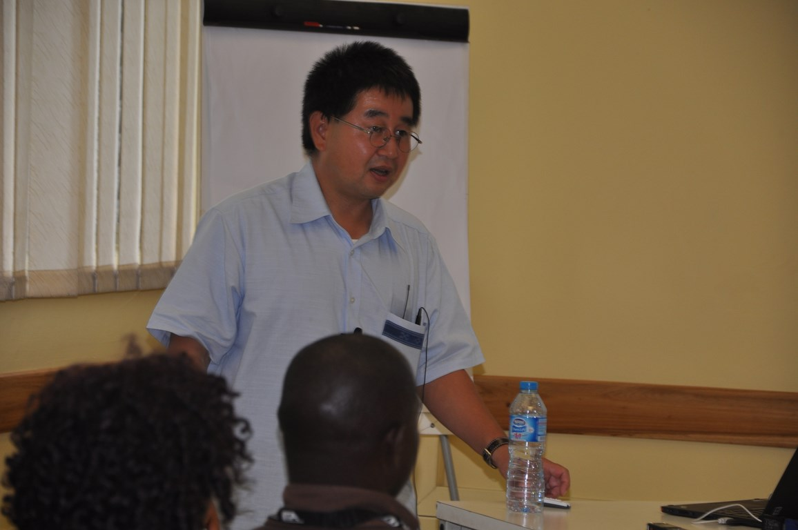 Hidehiko Kikuno makes a presentation at IITA about yam research and development at the Tokyo University of Agriculture, Japan.