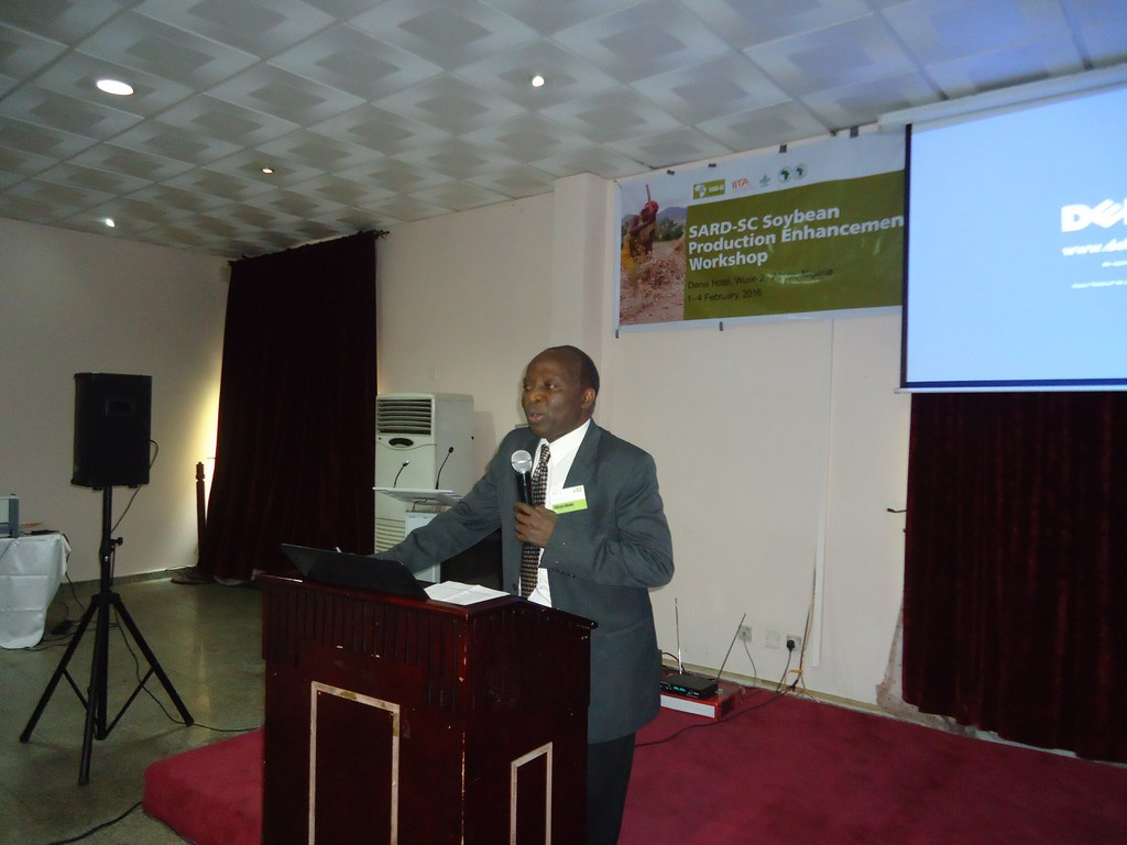 Chrys Akem reiterates the importance of promoting soybean at the workshop.